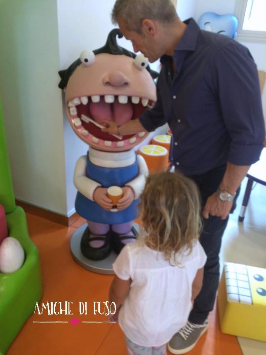 amichedifuso.dentista4