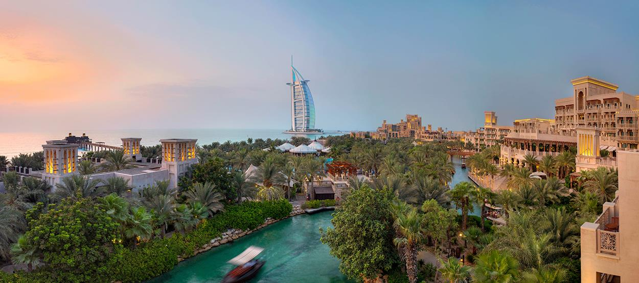 madinat-jumeirah-exterior-resort-view-hero
