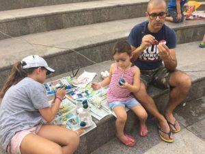 famiglia che dipinge