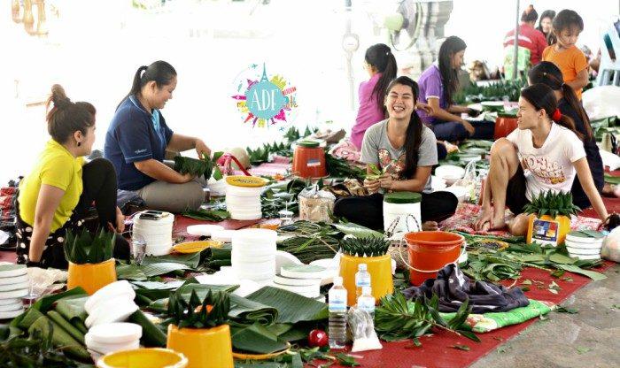 Preparazione dei Loi Krathong-2