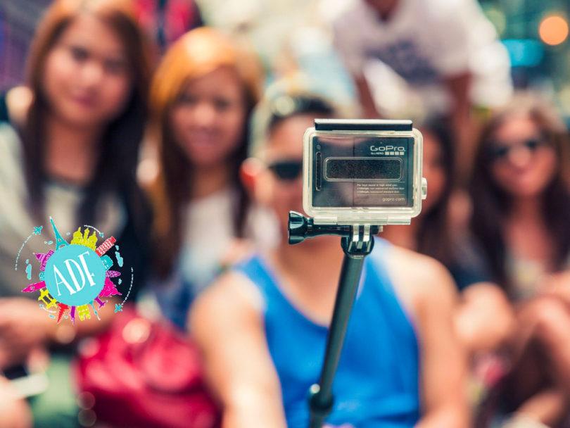 Selfie con bambini - Amiche di fuso